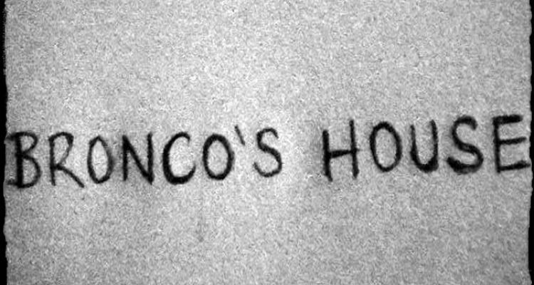 broncos_house_01