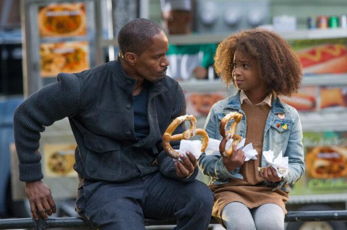 Stacks (JAMIE FOXX) and Annie (QUVENZHANE WALLIS) spend some time together in Columbia Pictures' ANNIE.